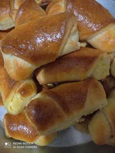 Πιτούλες με ανθότυρο και κασέρι Greek Recipes, Pretzel Bites, Hot Dog Buns, Food And Drink, Breakfast, Easter, Diy, Brioche, Brot