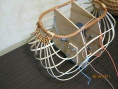 Basket jig to hold ribs in place during construction - It appears that it can be disassembled to remove from completed basket IMG_1245.JPG