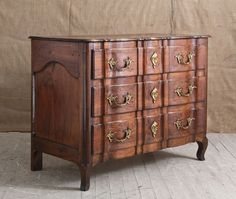 18th C French Walnut Commode-la-place-antiques-IMG_3488_main_636053854093664721.jpg