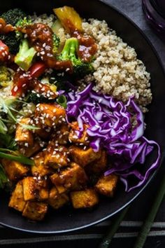 13 Healthy Buddha Bowl Meals Anyone Can Make #purewow #recipe #cooking #healthy #food #dinner #lunch