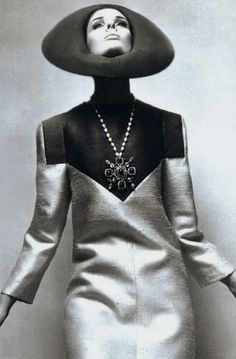 space age influenced design in clothing, Lanvin 1960s