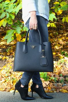 Fab bag & ankle boots