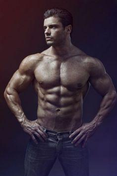 Luis Guerra: modello e personal trainer messicano