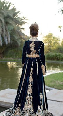 Morrocan Dress, Kaftan Moroccan, Moroccan Bride, Moroccan Wedding, Abaya Fashion, Couture Fashion, Fashion Dresses, Fairytale Gown, Indian Gowns Dresses