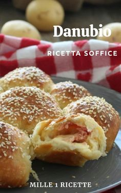 Friend Recipe, Bread And Pastries, Snacks, Bread Rolls, Bread Baking, Gelato, Good Food, Food And Drink, Pasta
