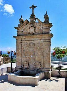Fontanário de Provesende Douro Portugal, Temples, Mount Rushmore, Buildings, Public, Mountains, Nature, Pictures, Travel