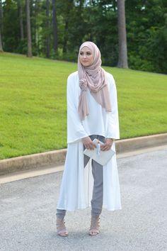 Fabulous collection of Leena Asad hijab and abaya fashion designs ideas Fat Fashion, Abaya Fashion, 2000s Fashion, Fashion Outfits, Muslim Women Fashion, Islamic Fashion, Fat Girl Outfits, Hijab Style Tutorial, Modele Hijab