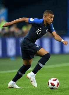 France: Semi Final – 2018 FIFA World Cup Russia Kylian Mbappe of France during the 2018 FIFA World Cup Russia Semi Final match between Belgium and France . Football Icon, Football Soccer, Soccer Ball, France Football, World Football, As Monaco, France World Cup 2018, France Players, Wonder Boys