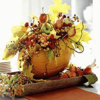 Fall flower arrangements are beautiful, bright and natural Thanksgiving table decorations Pumpkin Arrangements, Fall Flower Arrangements, Pumpkin Centerpieces, Flower Centerpieces, Centerpiece Ideas, Candle Arrangements, Centrepieces, Pumpkin Vase, Pumpkin Flower