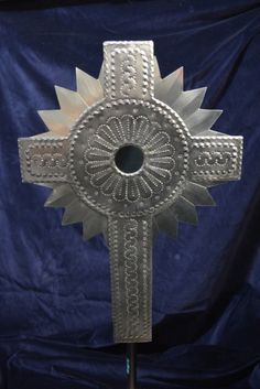Tin tinwork cross with mirror New Mexican Mexico Jason Baca Mexican Artists, Mexican Folk Art, Roof Flashing, Metal Embossing, Altered Tins, Tin Art, Pop Cans, Family Crafts, Arts Ed
