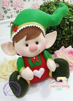Christmas 2019 : New moulds and patterns for Christmas 2019 Christmas Elf Doll, Felt Christmas Ornaments, Christmas Sewing, Personalized Christmas Ornaments, Noel Christmas, Handmade Christmas, Christmas Crafts, Christmas 2019, Christmas Decorations Sewing