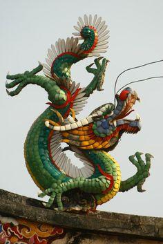 Rooftop dragon