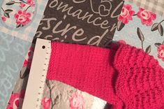 Blog Abuela Encarna: JERSEY ROSA FUCSIA TALLA 9 MESES CON CUELLO Fingerless Gloves, Arm Warmers, Lana, Amelia, Blog, Knitted Baby Cardigan, Knitting Needles, Tricot, Fingerless Mitts