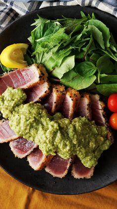 Tuna Katsu With Avocado Sauce Seared crispy tuna topped with citrusy mashed avocado is the savory di Fresh Tuna Recipes, Sushi Recipes, Salmon Recipes, Seafood Recipes, Asian Recipes, Healthy Dinner Recipes, Cooking Recipes, Recipes With Avocado, Vegetarian Recipes
