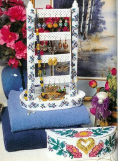 Forget me not jewelry organizer