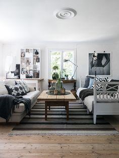 my scandinavian home: The idyllic Swedish summer cottage plank flooring Living Room Inspiration, Interior Inspiration, Home Living Room, Living Spaces, Swedish House, Scandinavian Home, Home Fashion, Interiores Design, Interior Decorating