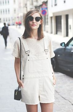 Nice 77 Trendy Overalls Outfits for Summer and Spring from www. Nice 77 Trendy Overalls Outfits for Summer and Spring from www. Salopette Short, Salopette Jeans, Look Fashion, Womens Fashion, Fashion Trends, White Fashion, Net Fashion, Fashion Tag, Spring Fashion