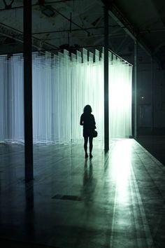 http://domandoallobo.blogspot.com/2016/08/203-oculta-entre-las-sombras-la-luz.html #fotosensibilidad y #fotofobia severas afectan a la vida diaria #Lupus #Sjögren