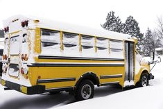 One Maine town wants to allow its students to have remote school days--assignments students can do at home--for days when bad weather strikes. Severe Weather, Extreme Weather, School Snow Days, Education Reform, Student Studying, Day Plan, Types Of Houses, School District