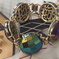 "Kendra Scott Cassie Bracelet. Price Firm. Stunning iridescent cobalt faceted beads set in 14-karat yellow gold plating. Size-Approx 7.75"" long, 1"" width. Brand new!! Kendra Scott Jewelry Bracelets"