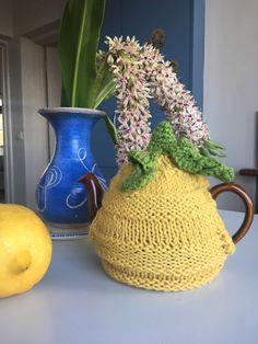 Tea cozy // Teapot warmer // Knitted // Free shipping // tikuchi by tikuchi on Etsy