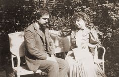 Debussy with Emma, on a bench in the garden at Avenue du Bois de Boulogne Classical Music Composers, Aretha Franklin, Spotify Playlist, Ballet, Conductors, Biography, Persona, Famous People, Literature