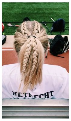 #athletic #hairstyles #for #sports #lacrosse #athletichairstylesforsportslacrosse Athletic Hairstyles, Softball Hairstyles, Pretty Hairstyles, Girl Hairstyles, Braided Hairstyles, Cute Sporty Hairstyles, Hairstyles Videos, Track Hairstyles, Princess Hairstyles