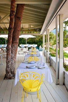 Ekies All Senses Resort - Ekies beach // Restaurant