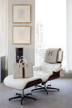ALL white is so right. love everything about this photo. #officeglamour
