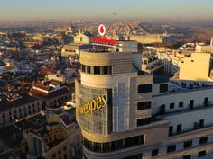 Panorámicas de 360º y fotos y vídeos con zoom de Madrid desde la azotea del Palacio de la Prensa en Callao