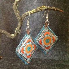 Boucles d'oreilles Boukkhara style broderie indienne par Viorica Cretu