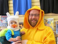 Father and Son Adventure Time Cosplay Adventure Time Costume, Adventure Time Finn, Baby Cosplay, Cute Cosplay, Cosplay Costumes, Weird Costumes, Epic Cosplay, Awesome Cosplay, Family Costumes