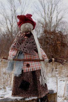 """Народные куклы ручной работы. Ярмарка Мастеров - ручная работа. Купить Кукла-оберег """"Баба Яга"""". Handmade. Бордовый"""