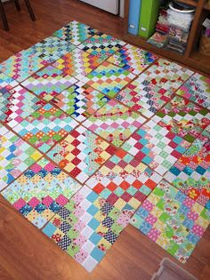 The Bees Knees - A Quilting Bee: June Bee Blocks