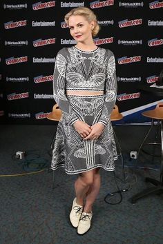 Jennifer Morrison - New York Comic Con - Press Room (9 October 2015)