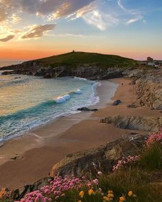 Little Fistral Beach, Newquay, Cornwall #travel #tourism #greatbritain #vacation #britain #holidaylettings #britishvacationrentals #discoverbvr #visitbritain