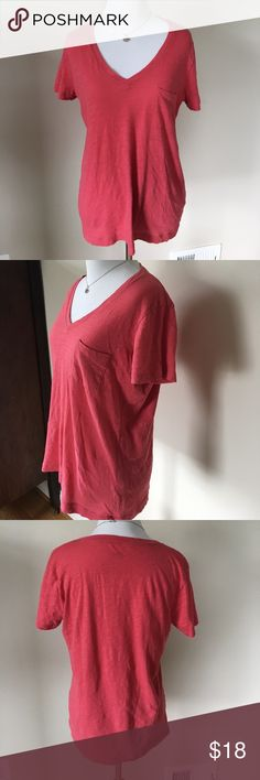 Madewell size small strawberry pink t shirt Lightweight 100% cotton strawberry pink t shirt from Madewell.  This has a small pocket on the left side and is in excellent used condition. Madewell Tops Tees - Short Sleeve
