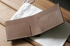 corter simple leather wallet
