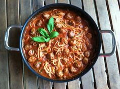 One pot spaghetti and meatballs.