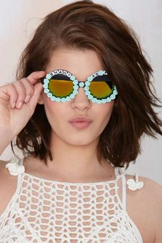 8 Unique Sunglasses That'll Take Your Look to the Next Level