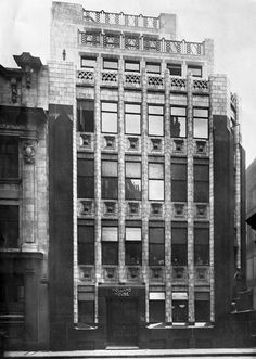 Holland House by H.P. Berlage, London, 1914