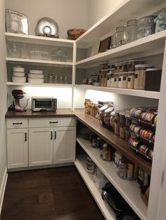 To make the pantry more organized you need proper kitchen pantry shelving. There is a lot of pantry shelving ideas. Here we listed some to inspire you Kitchen Pantry Design, Kitchen Organization Pantry, Kitchen Storage, New Kitchen, Kitchen Decor, Kitchen Ideas, Awesome Kitchen, Organized Pantry, Pantry Diy