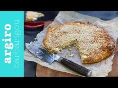 Η εύκολη παριανή τυρόπιτα της μαμάς από την Αργυρώ Μπαρμπαρίγου. Η γεύση της θα σε ταξιδέψει στην Πάρο. Αξίζει να τη δοκιμάσεις για να ταξιδέψεις κι εσύ! Calzone, Greek Recipes, Quiche, Camembert Cheese, French Toast, Breakfast, Food, Tarts, Amazing