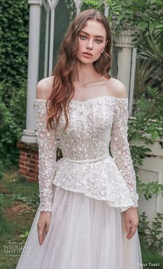 Fancy Wedding Dresses, Asian Wedding Dress, Wedding Dress Accessories, Bridal Dresses, Wedding Gowns, Bridal Collection, Fashion Dresses, Bride, Fall Winter