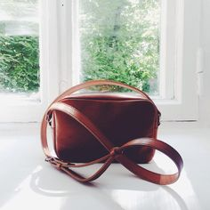 Leather crossbody bag from FAME Leather Goods   #fameleather #leatherwallet #handmade #handmadewallet #leather #wallet #кошелек #кожа #ручнаяработа #портмоне #кошелек #wallet #leatherbag #crossbody #leatherbag