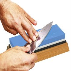 Here's how to sharpen a knife and how to hone it using a whetstone, a sharpener, or a honing rod. Best Knife Sharpener, Electric Knife Sharpener, Sharpening Tools, Sharpening Stone, Scissor Sharpening, Kitchen Knives, Kitchen Tools, Professional Knife Sharpener, Knife Grinder