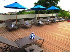 Our Rooftop pool & sundeck is the best place to relax 😎 . . . #J4Hotels #LegianHotel #HotelLegianBali #RoofTopPool #Beer #Cocktail #LifestyleHotel #Lifestyle #HotelBali #Holiday #InstaTravel #Vacation #LegianBali #Wanderlust #Destination #LegianStreet #RoofTopSwimmingPool #Bali #NightClub #HappyHour #Traveler #Backpacker #SkyPool #Pool #Relax