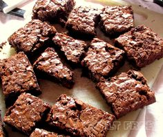 These brownies have a long history. They were meant to be a gift. Baked, cooled, wrapped and parcelled off to another city. I had never p...