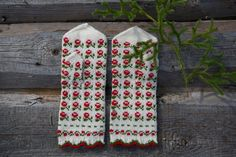 wool mittens, Latvia