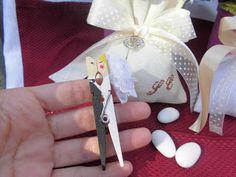 bomboniere ricamate di sara: segna posto matrimonio